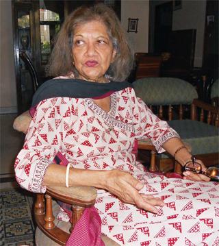 'हिंदी साहित्यिक समाज, भय और लालच से संचालित होता है'