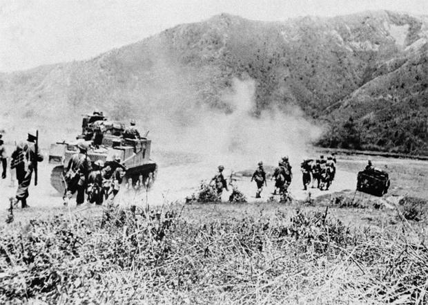 जापानी फौज आईएनए की मदद से इंफाल और उसके आसपास  के क्षेत्रों पर नियंत्रण करना चाहती थी ताकि अंग्रेजों को बर्मा की तरफ बढ़ने से रोका जा सके.