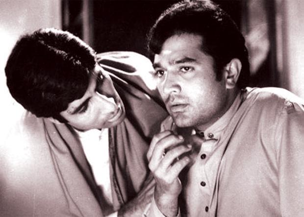 प्रतिद्वंदी? फिल्म आनंद के एक दृश्य में राजेश खन्ना और अमिताभ बच्चन
