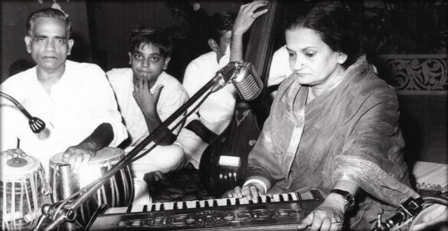 Begum-Akhtar WEB2