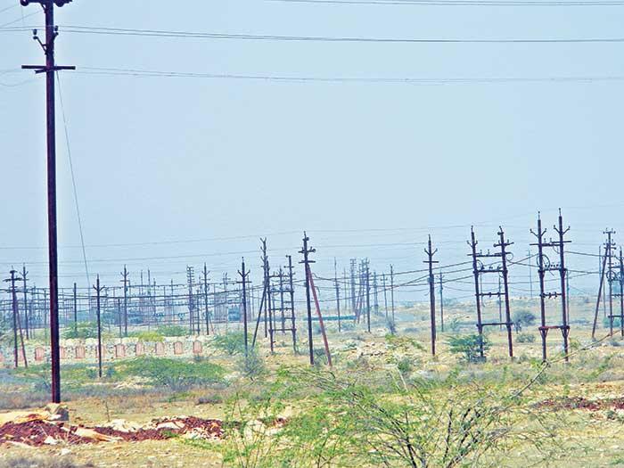 विकास का इंतजार ग्वालियर में दिल्ली बसाने के लिए जमीन तो नजर आती है पर निर्माण कम दिखता है