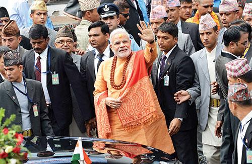 प्रधानमंत्री बनने के बाद नेपाल यात्रा पर नरेंद्र मोदी