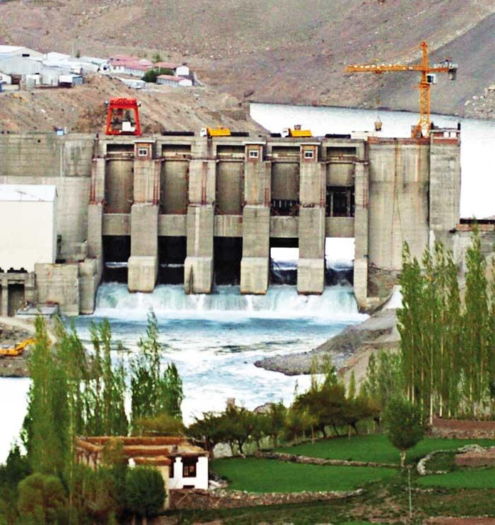 कश्मीर में एनएचपीसी के मुनाफे पर रार