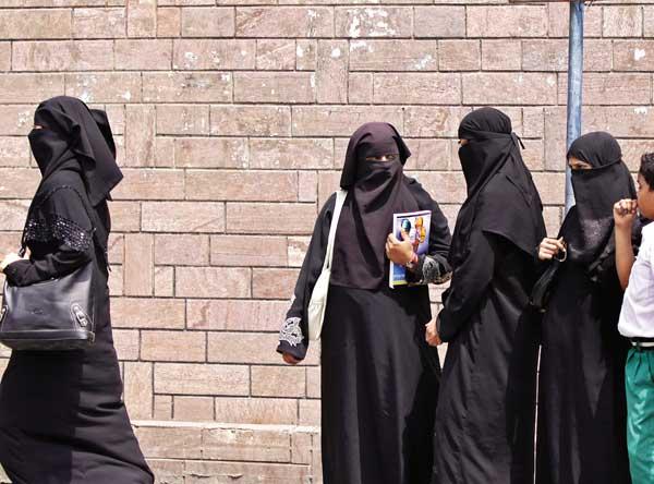 'मुताह एक तरह की कानूनी वेश्यावृत्ति है, जिस पर मुस्लिम समुदाय को बात करने में भी शर्म आती है…'