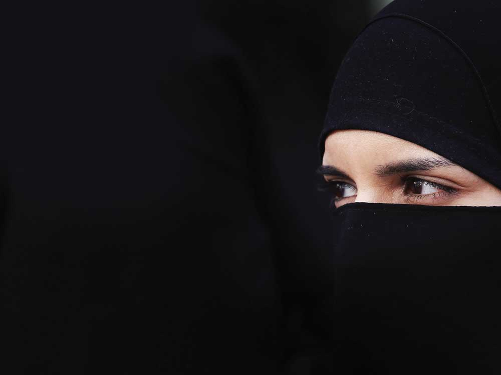 muslim-F-web
